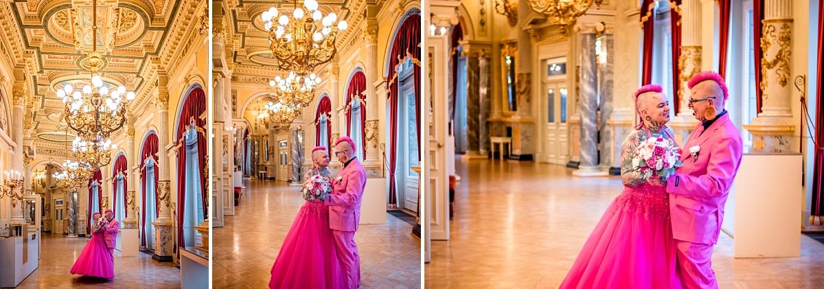 Hochzeitsfotos Dresden Semper Oper Brautpaar in pink beim tanzen